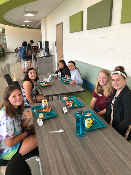 6th graders trying out lunch at Jump to the Middle - 8/20/19